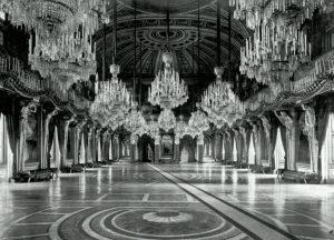 Cariatidi Royal Palace, Milan Palazzo Reale, Milan, Italy