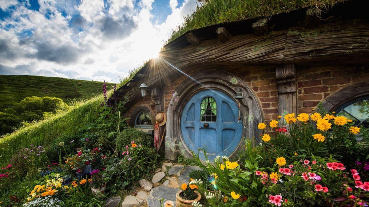 Hobbiton movie set , Auckalnd