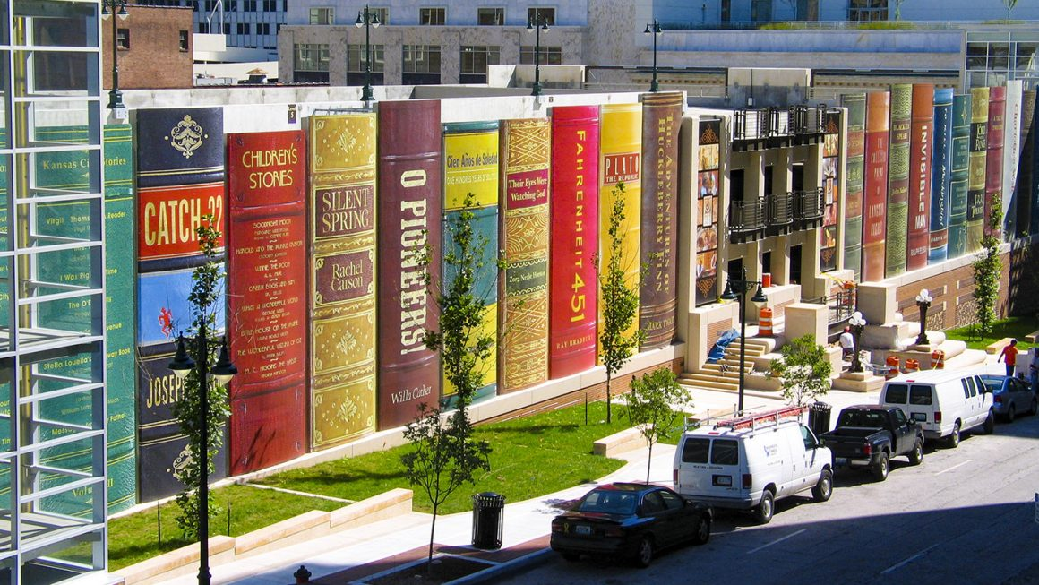 Book shaped public library, Kansas City, MO