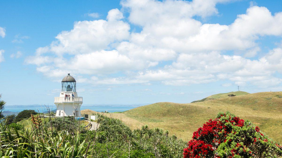 Manukau heads lighthouse, Auckland