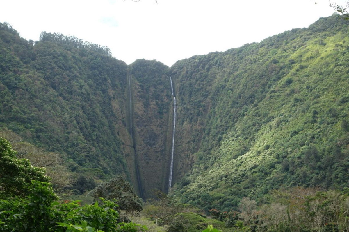 Waterfalls at Waipi'o Valley, The big Island, Hawaii
