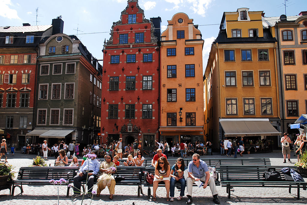 Gamla Stan, cobblestone streets and bright historical buildings