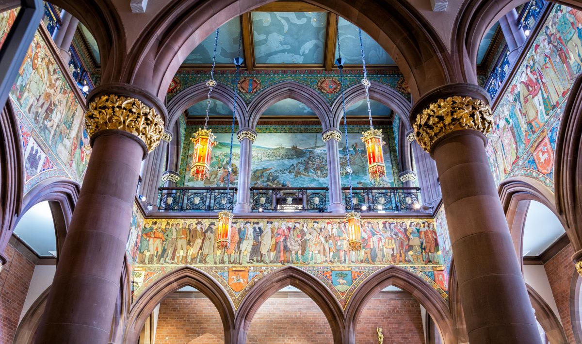 A beautiful red sandstone palace, Edinburgh's National Portrait Gallery has exhibits containing portraits of Mary Queen of Scots and Robert Burns, among other famous figures