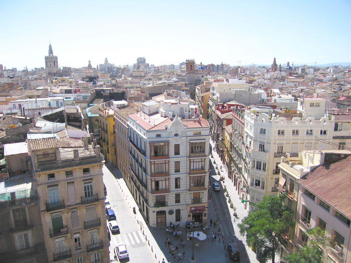 Beautiful picture overlooking rooftops of Ciutat vella