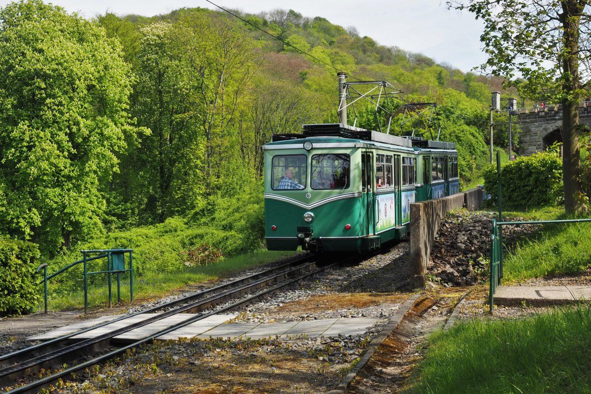 Drachenfels Cog Railway in Bonn