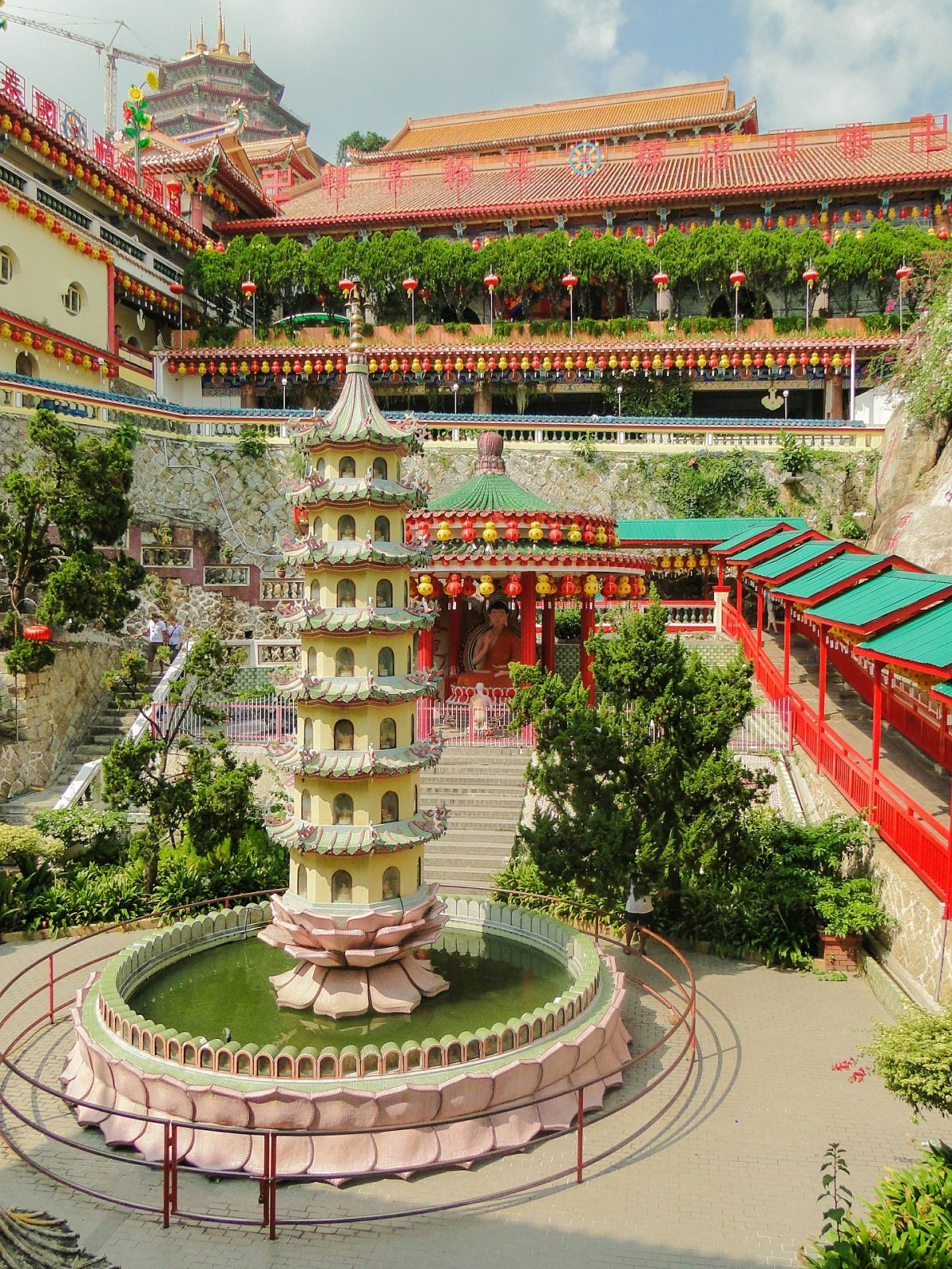 Penang's most recognisable landmark, Ken Lok Si Temple owes its fame to the massive Guanyin statue at its temple grounds