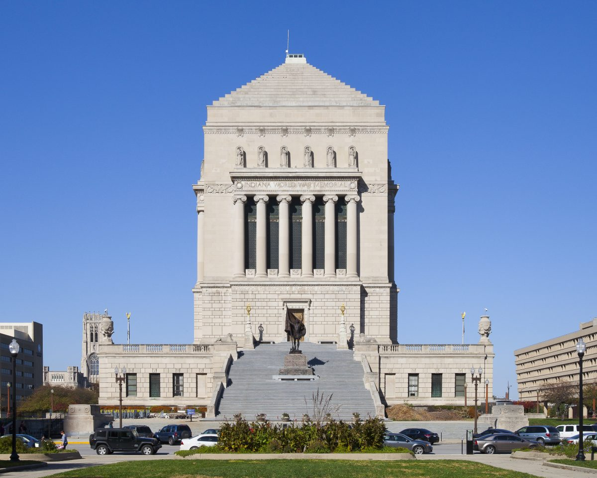 A sunny day at the Indiana War Memorial