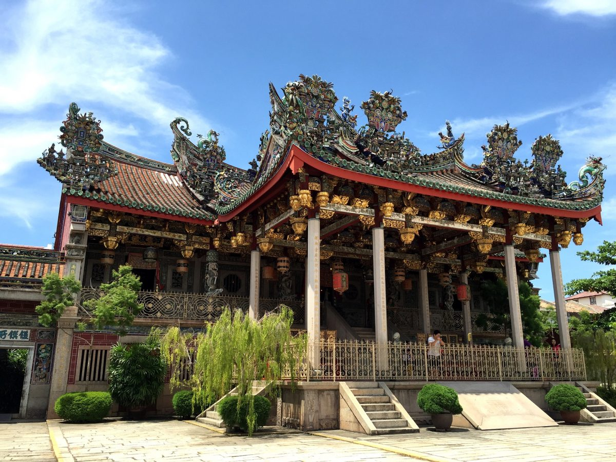 An exquisite clan house in Penang, Khoo Kongsi Clan House is intricately covered in detailed carving of mythical oriental creatures and wall paintings