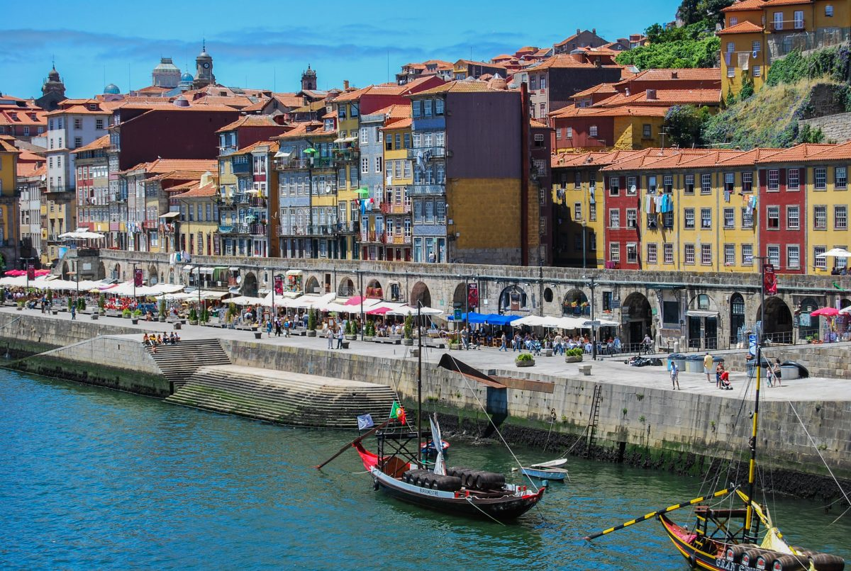 First-person view of the Cais da Ribeira, the waterfront of Porto's UNESCO historical site