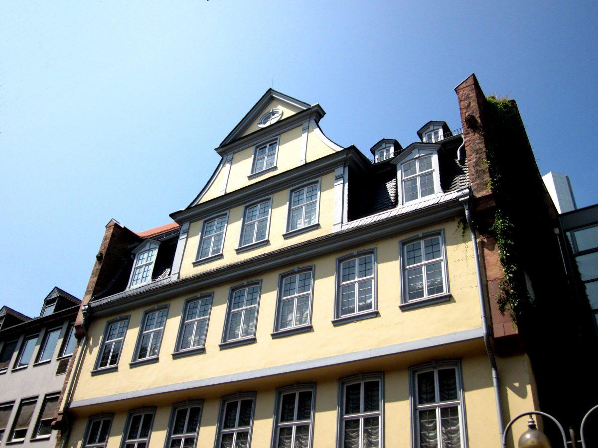 Giebel des Goethe Hauses