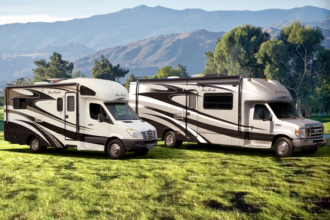 Motorhome RV Class C Sprinter Ford Chassis - Small RV vs Big RV - Our Verdict For Your Road Trip