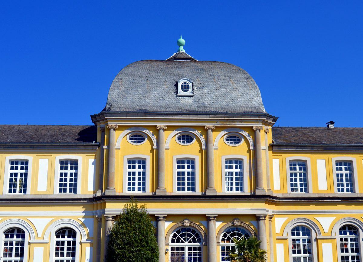 Exterior design of Poppelsdorfer Schloss