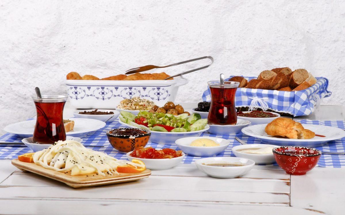 food - Top Things to do in Santorini, Greece