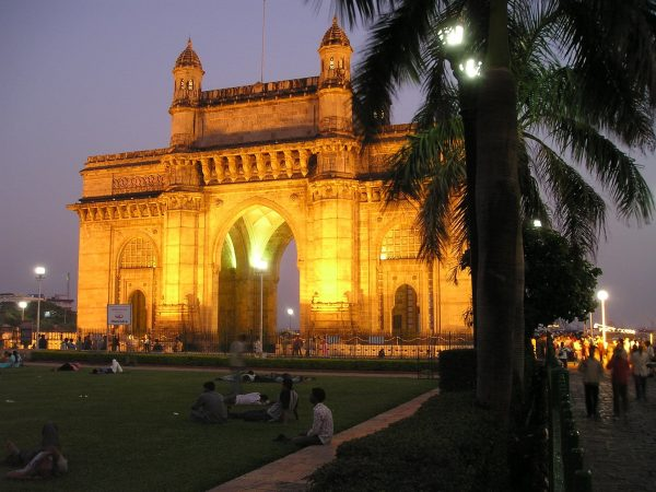 15 Unforgettable Things To Do in Mumbai, India