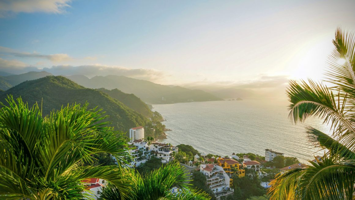 Puerto Vallarta is a paradise of cobbled streets and white sand beaches, the shining jewel of Mexico's Jalisco state