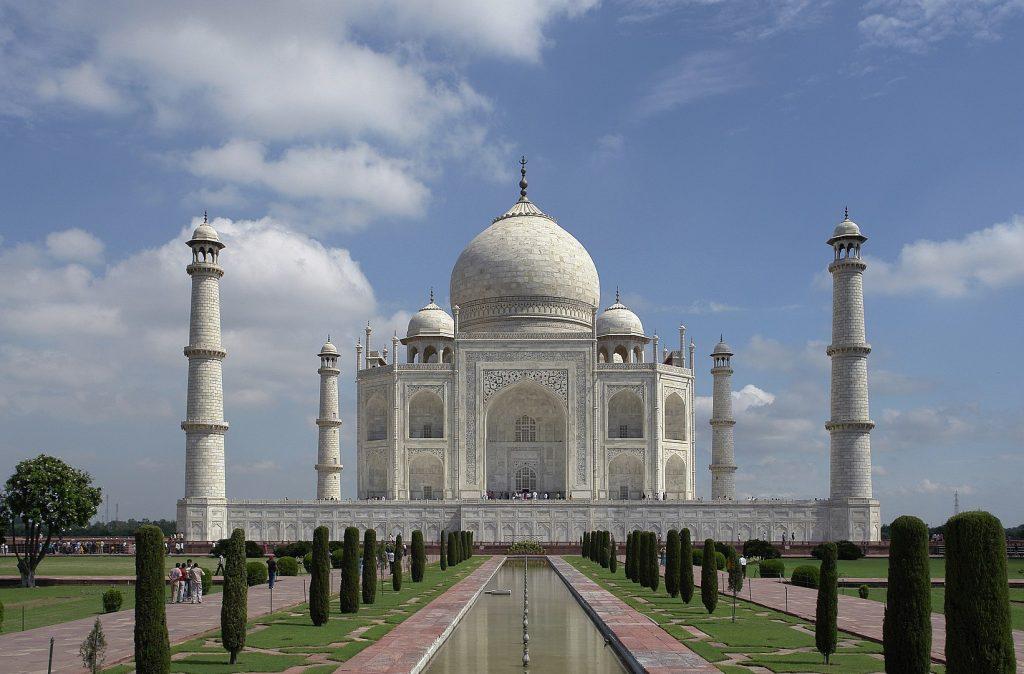 Taj Mahal, Weekend getaway from New Delhi