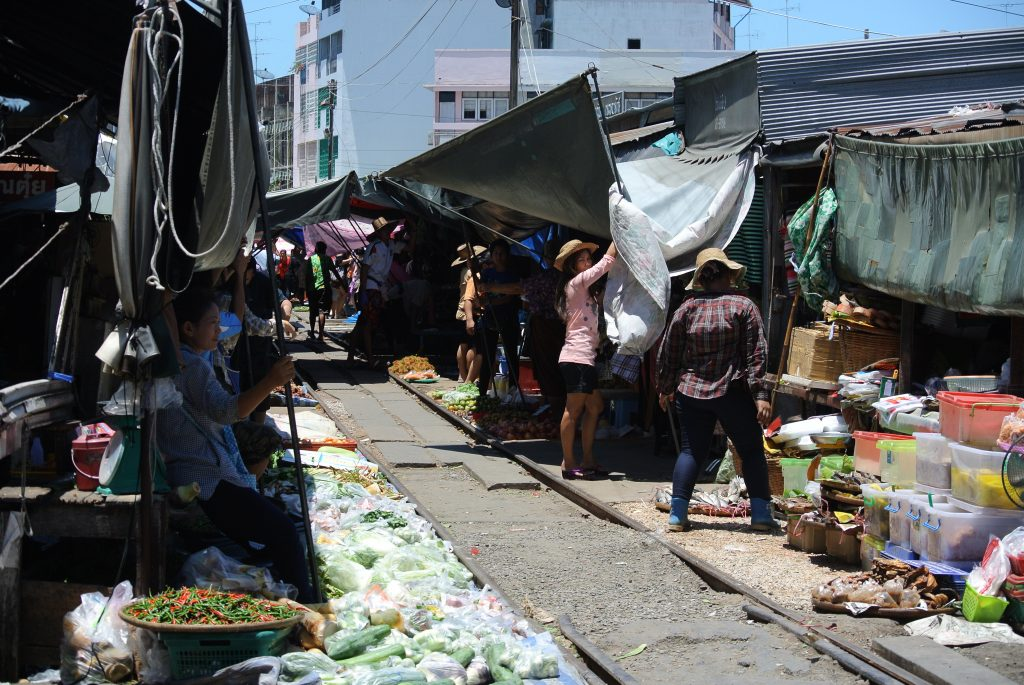 Maeklong Railway train market