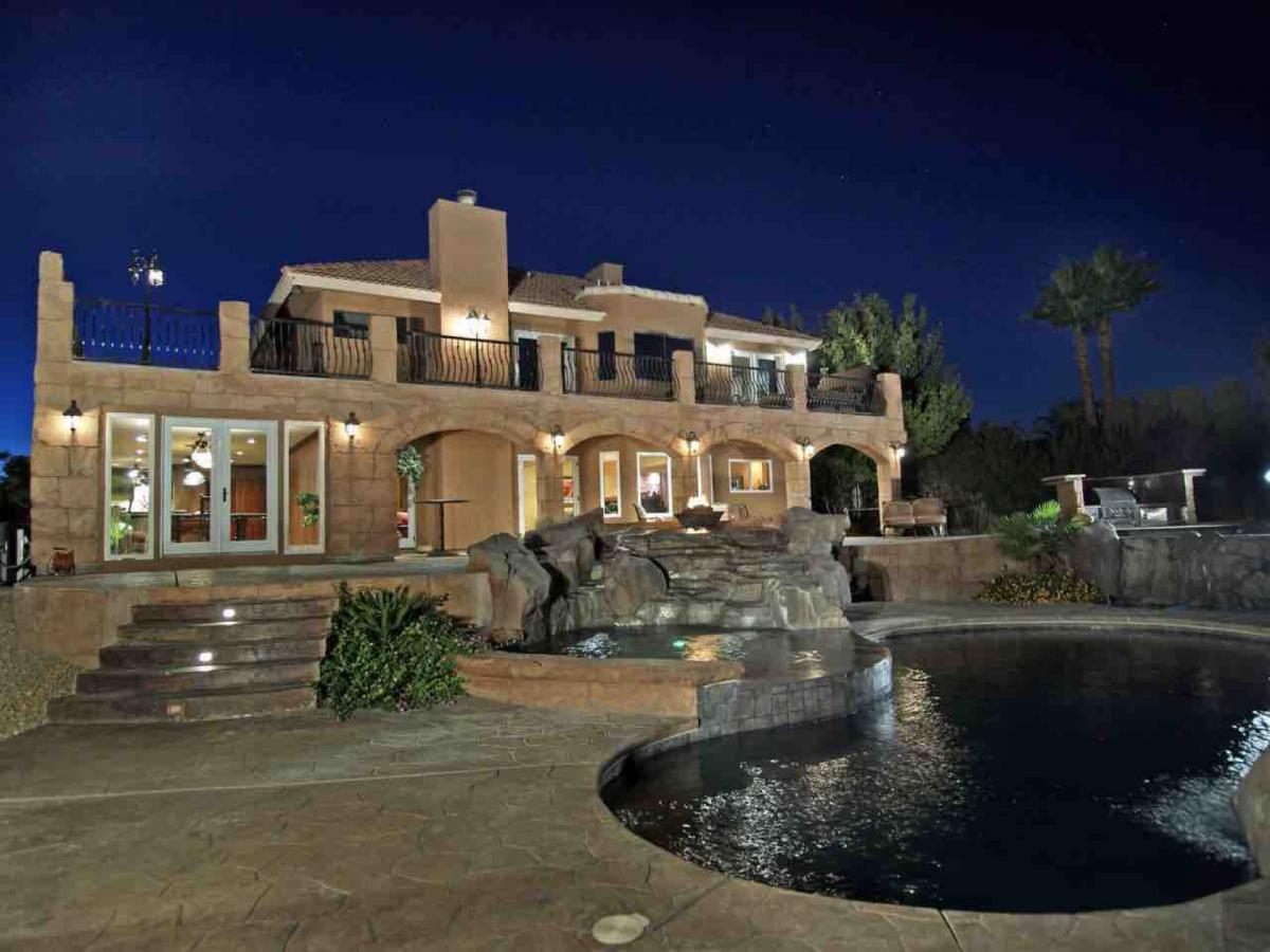 Airbnb Las Vegas, Mafia Villa Oasis