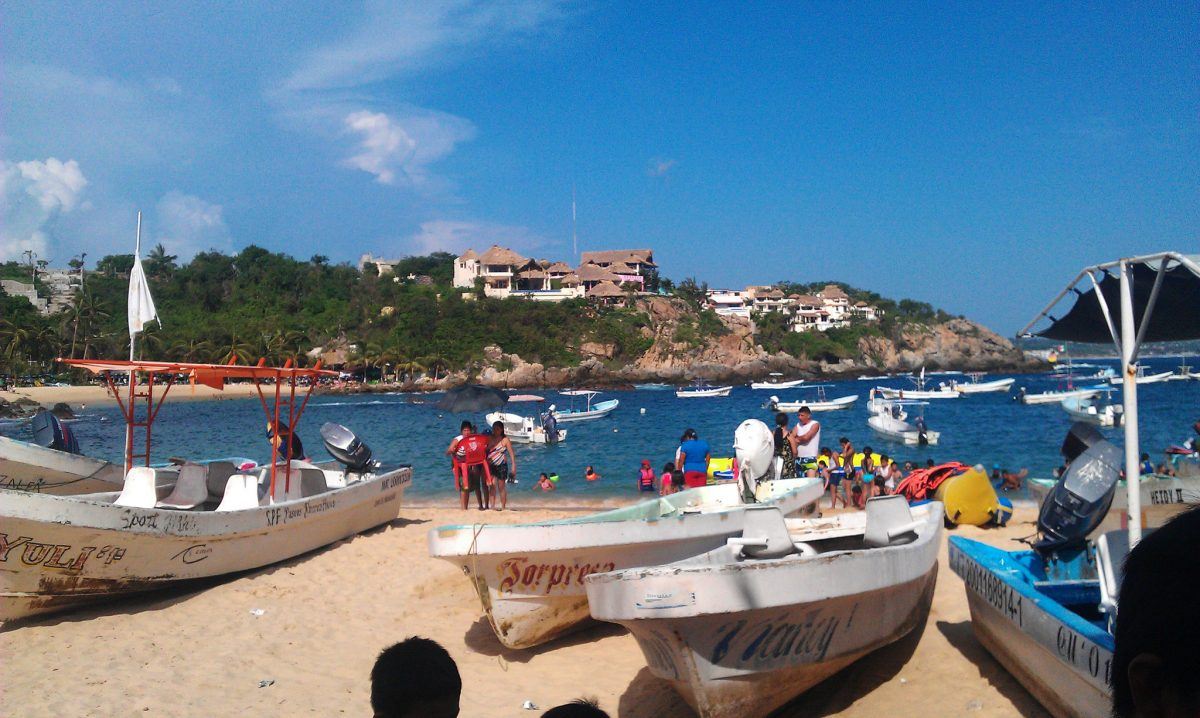 7714925422 ce77265c72 k - Top 10 Things To Do In Puerto Escondido, Mexico