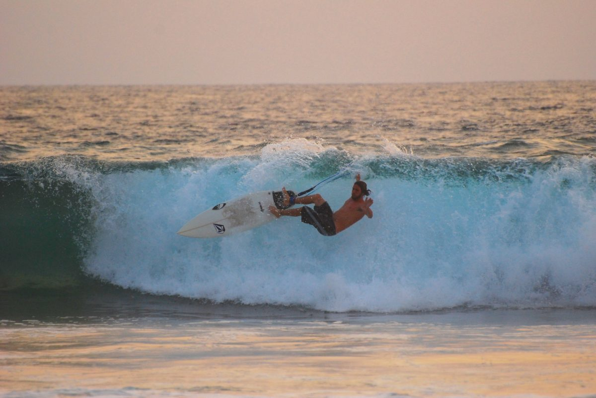 Playa Zicatela, Things To Do In Puerto Escondido, Surfing