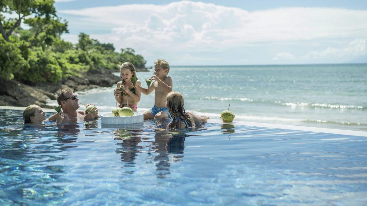 Infinity pool at Sundara Four Seasons Bali
