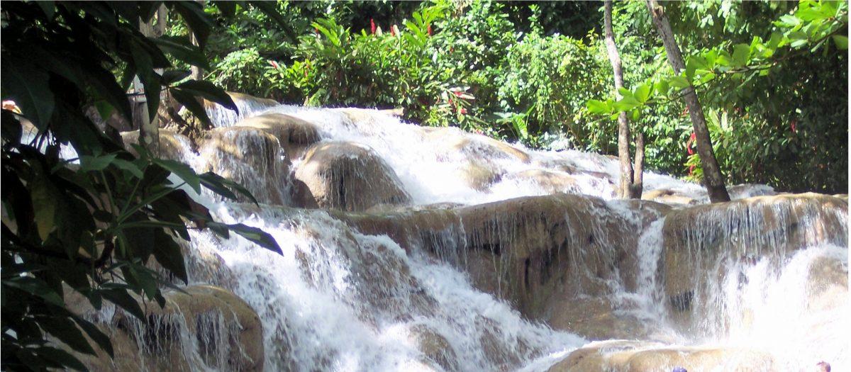 A Jog In Jamaica, Dunn River Falls