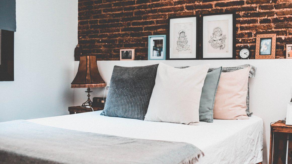 Boston 0 Photo by Anastasia Dulgier on Unsplash 1160x653 - 10 Airbnb Boston Rentals To Consider For Your Trip