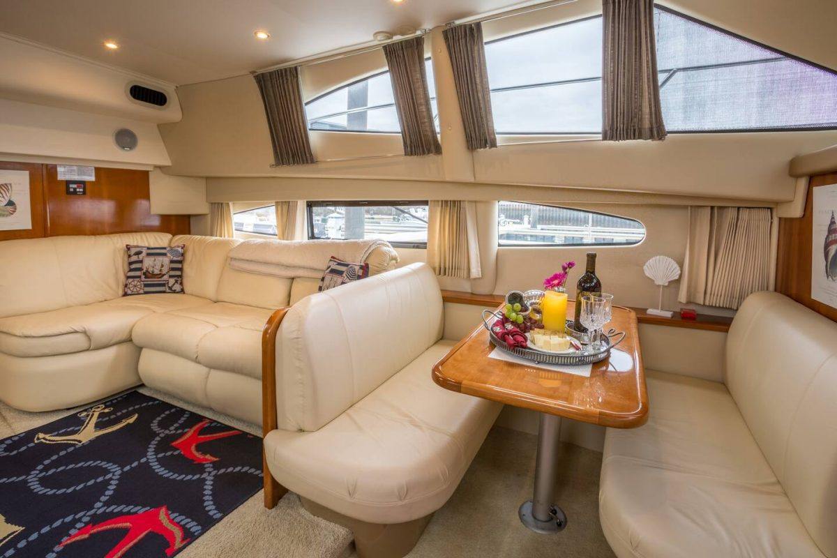 Sea Pearl, an Airbnb Boston rental, is a two-bedroom and two-bathroom luxury yacht with a nautical theme present in every detail from carpets to duvets and cushions