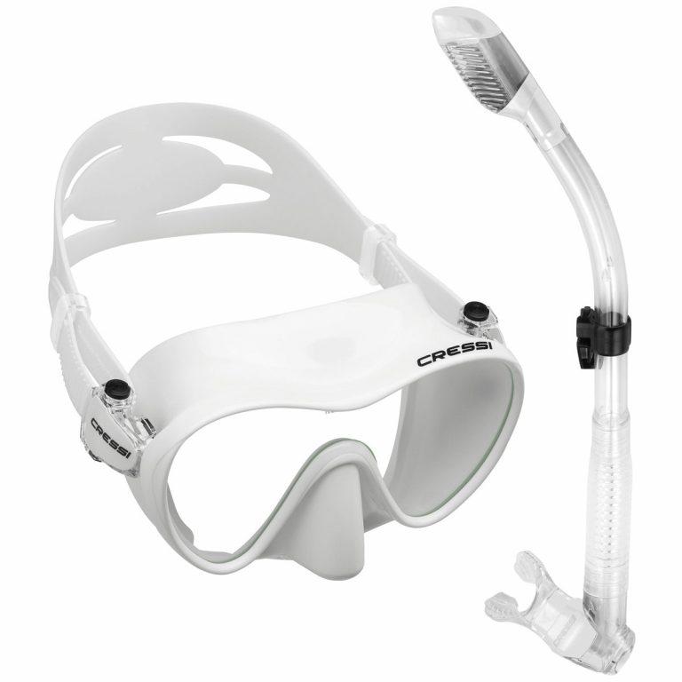 Snorkel gear for snorkeling