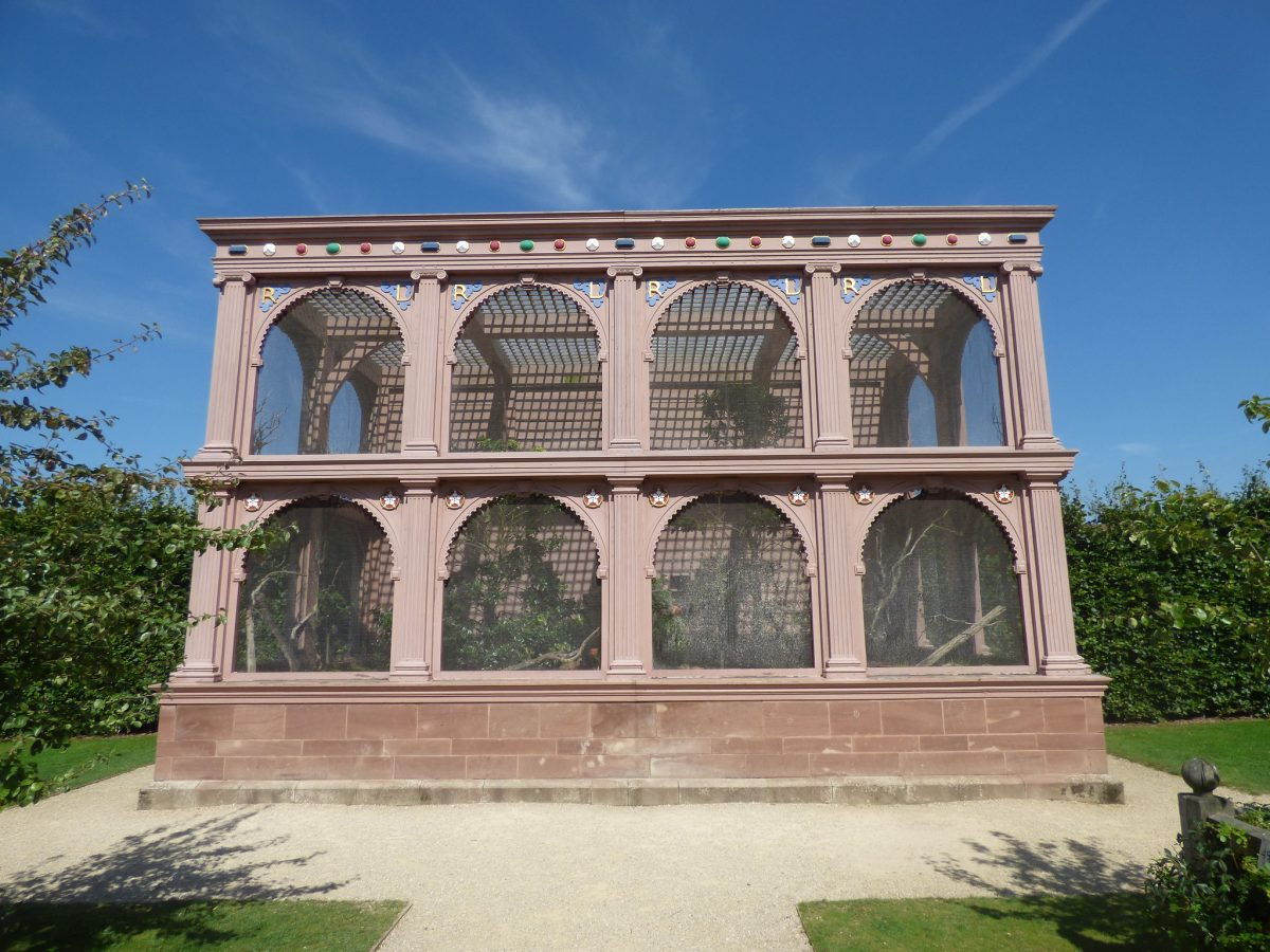The aviary in the Elizabethan Garden at Kenilworth Castle