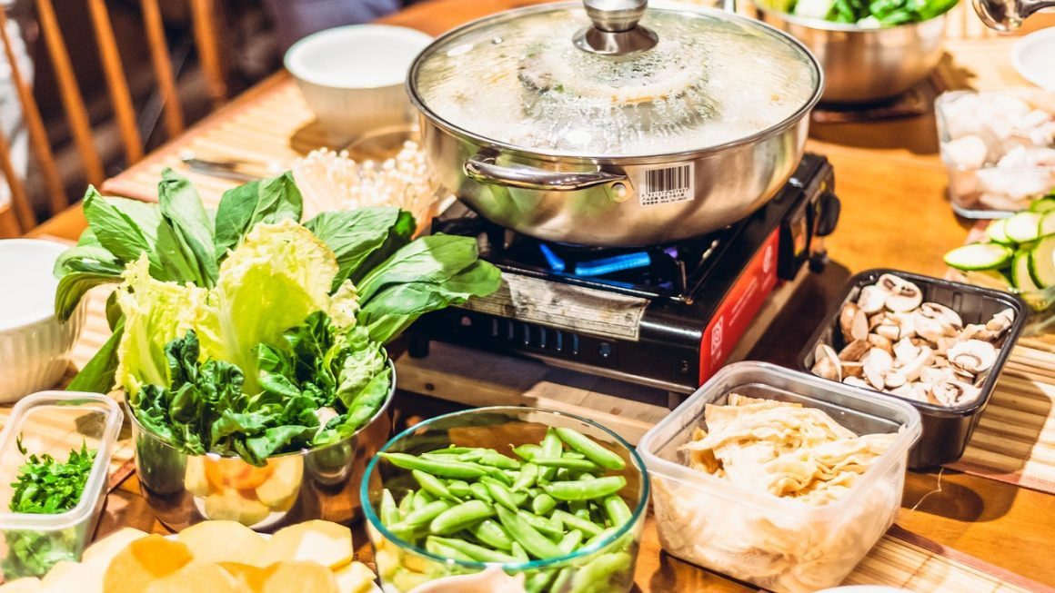 Featured Image 1160x653 - Hot Pot Tips: How To Eat Hot Pot Like A Pro