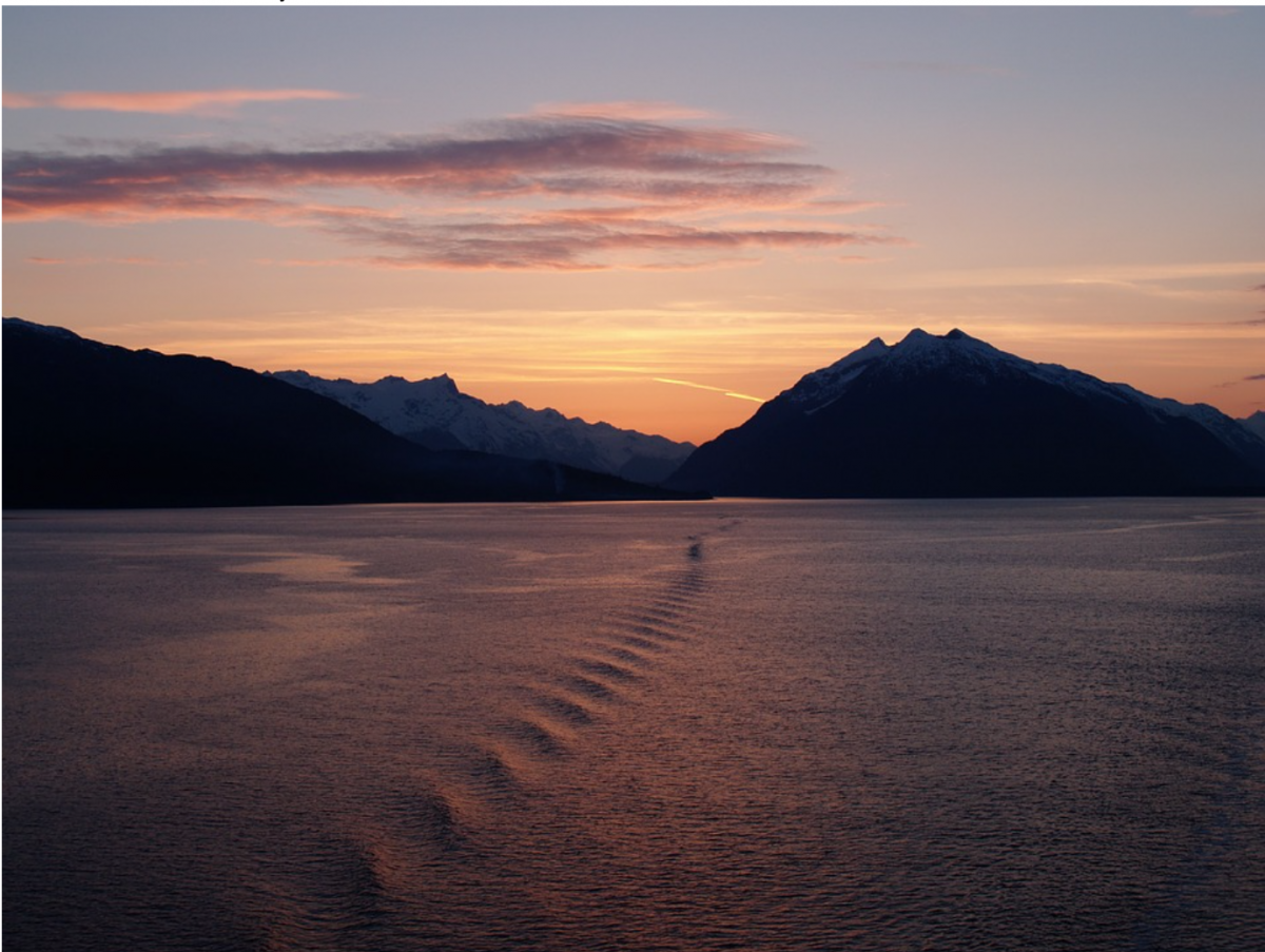 The Glacier Bay National Park and Preserve is the gleaming diamond in the crown of the city of Juneau.