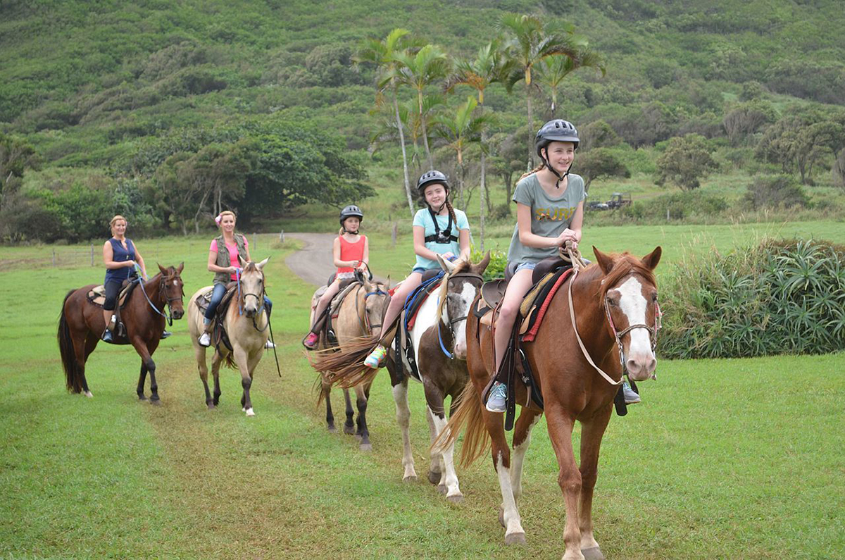 Horseback Riding in Oahu - Why You Must Visit Kualoa Ranch When In Oahu, Hawaii