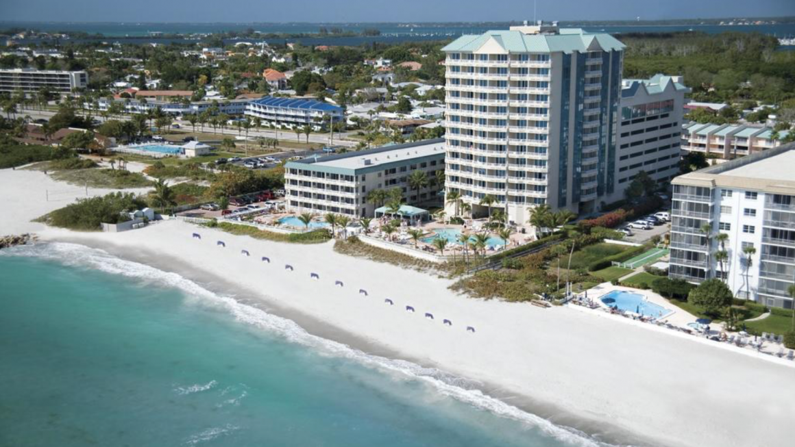 A stay at the Lido Beach Resort is guaranteed to provide a rejuvenating escape from the stresses and strains of normal everyday life