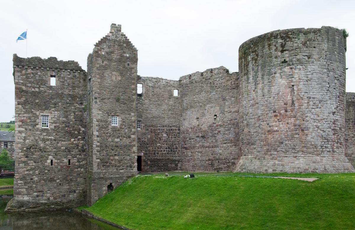 In the Isle of Bute in Western Scotland lies the Rothesay Castle, the only one in Scotland to have a curtain wall.