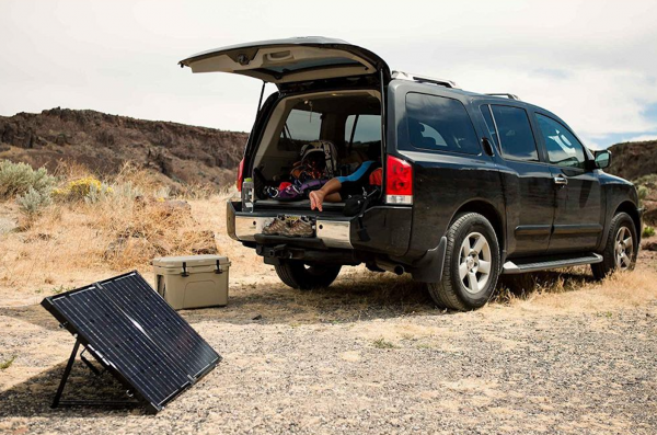 5 Best Portable Solar Panels for Your Next Camping