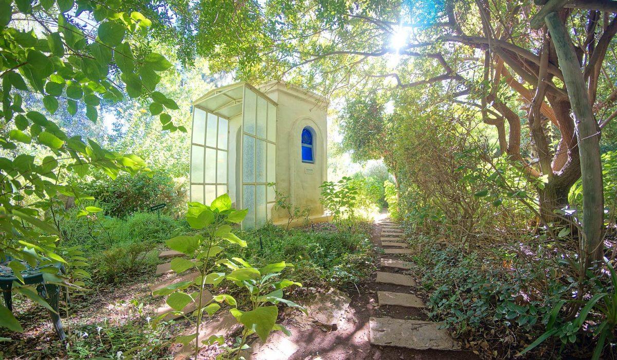 Temenos Retreat Gardens, South Africa Gardens, Nima Lodge, South Africa Tourism