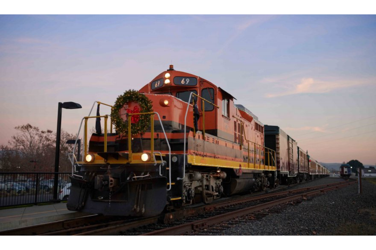 Santa Train, Napa Valley Wine Train