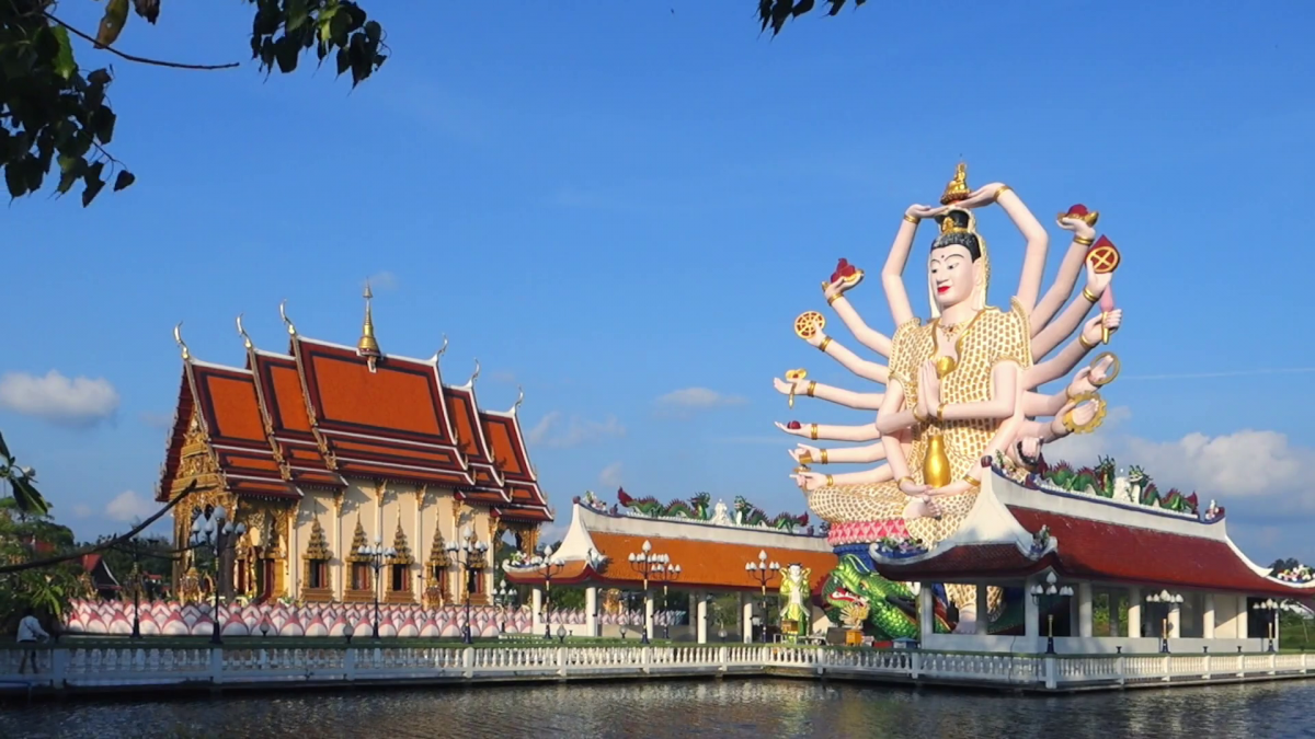 Wat Plai Laem in Koh Samui, Thailand