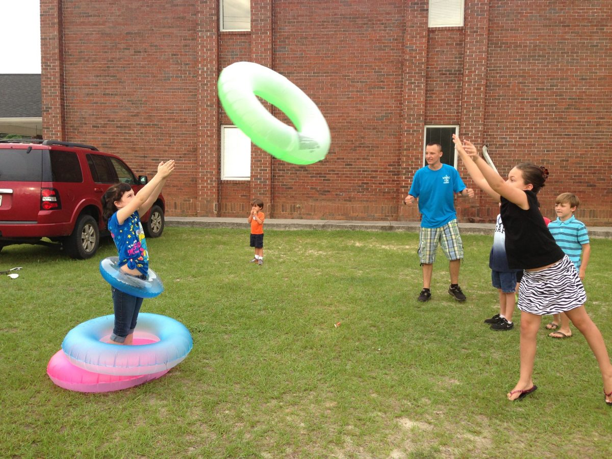 cool camp games for kids and adults