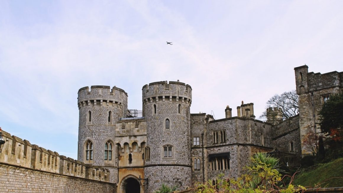 feature toa heftiba unsplash 1160x653 - 10 Best Castles In England You've Never Heard About