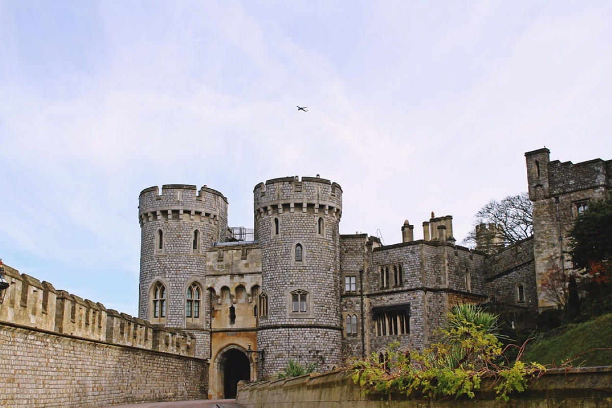 feature toa heftiba unsplash - 10 Best Castles In England You've Never Heard About