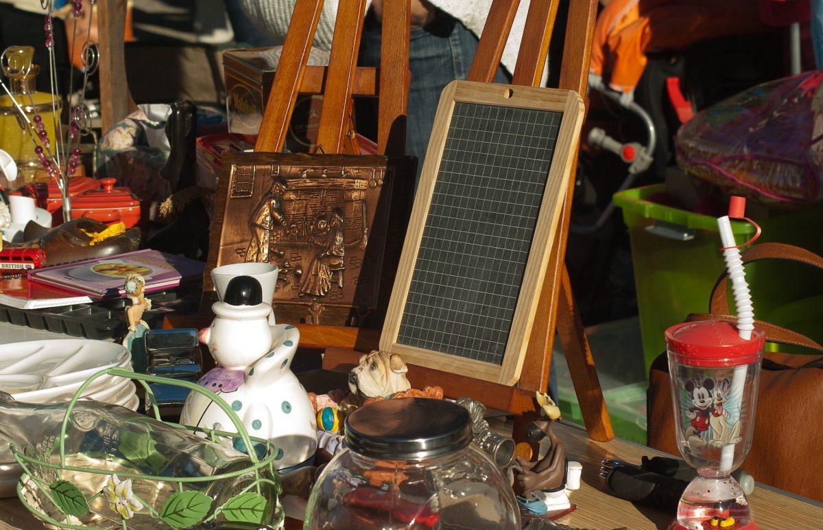 Stormville Flea Market, New York, USA, Antique goods