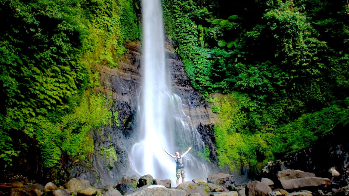 Gitgit Waterfalls - www.touristsecrets.com