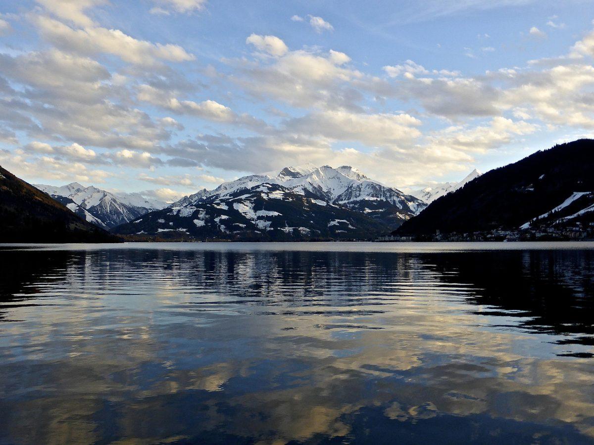 Lake Zell: Blue-er Than Blue