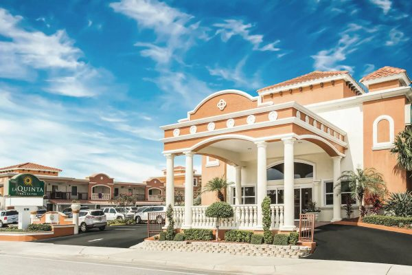 Top 10 La Quinta Resorts And Suites Across The U.S.
