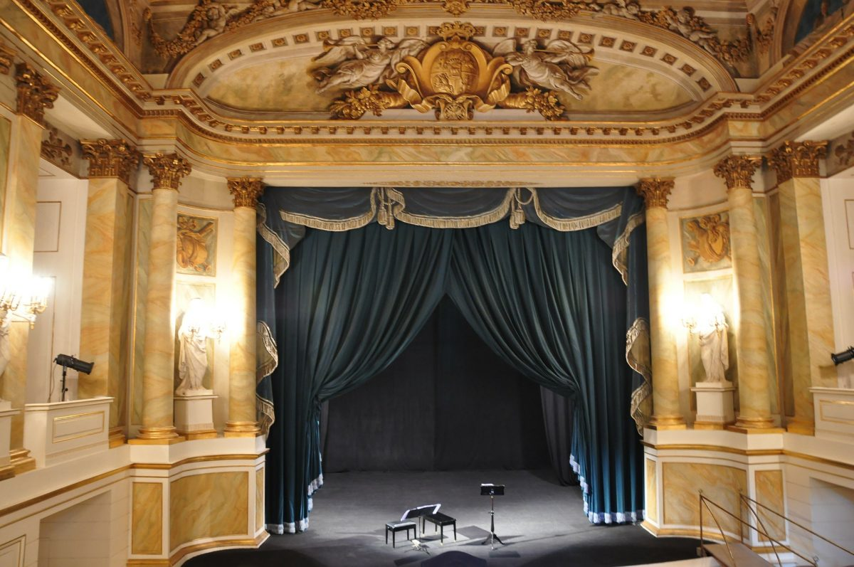 An Entertaining Evening At The Theatre Royal