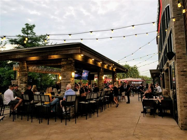 Outdoor Seatings at Brew Garden Strongsville