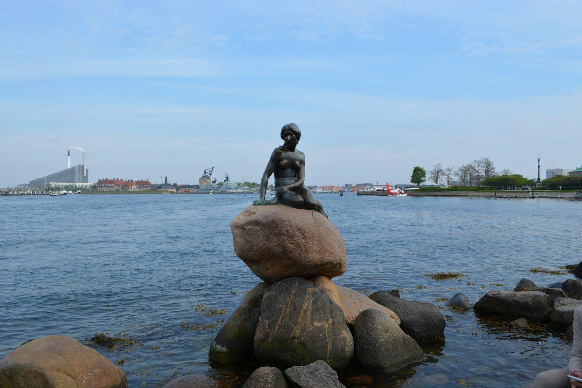Art by the sea of Copenhagen