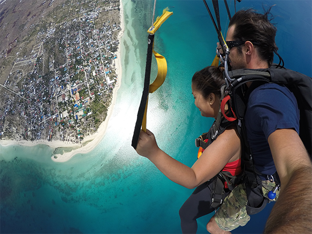 Skydiving in Philippines